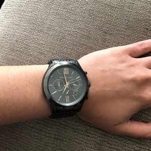 MICHAEL KORS MENS WATCH • sized for a woman